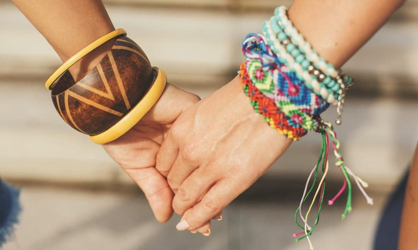 Free 'Friendship' Bracelets