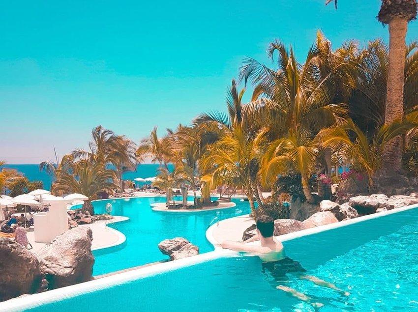 Adrian-Hoteles-Roca-Nivaria--Tenerife--Spain