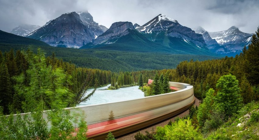 Rocky Mountaineer – Vancouver to Banff, Canada
