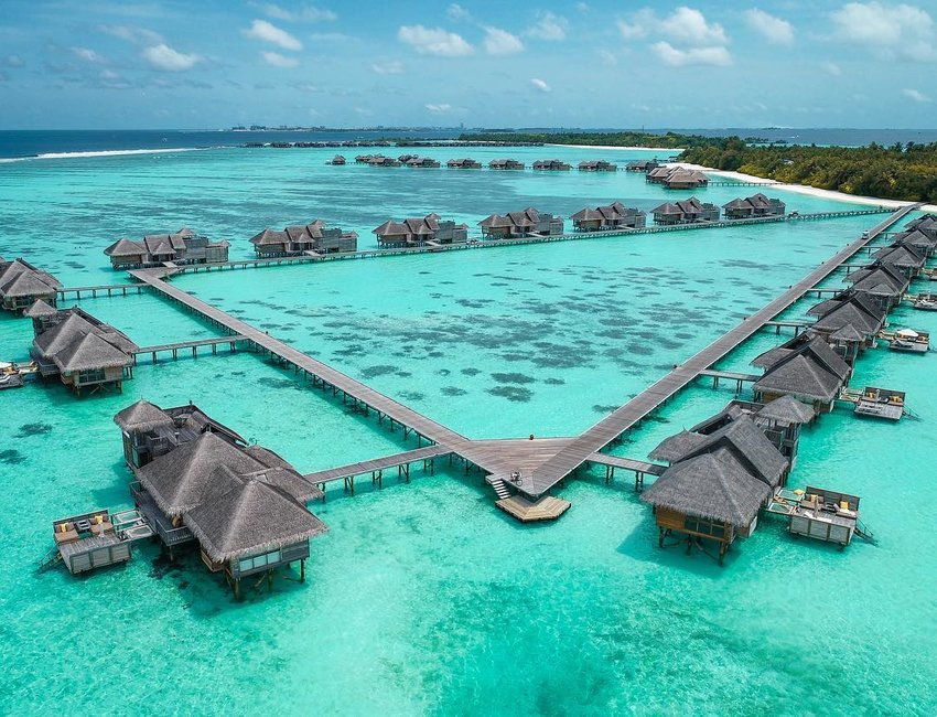 7 Best Resorts for Overwater Bungalows