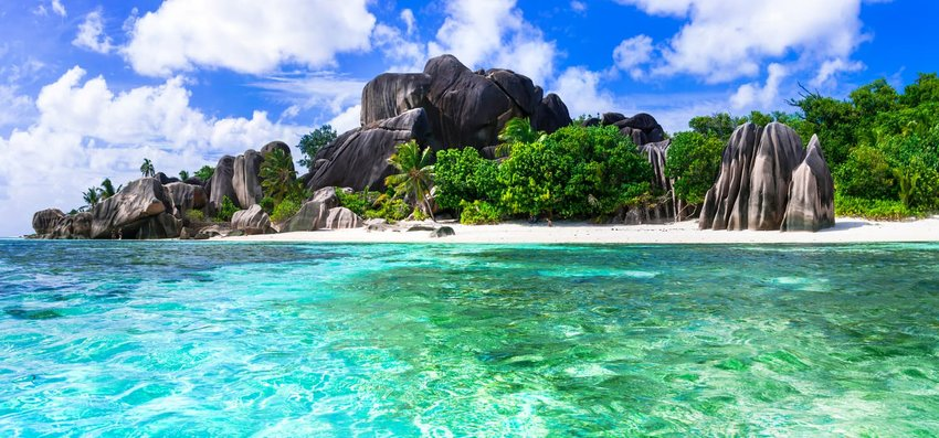 Anse source d'argent in La digue island, Seychelles