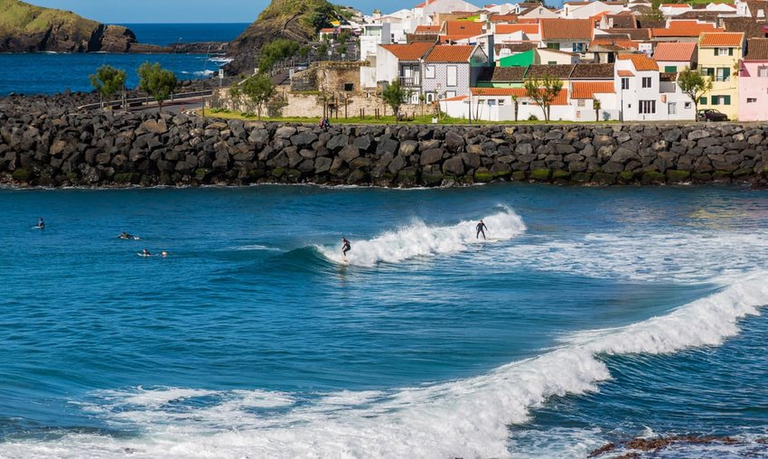 Surf School in Sao Rogue on Sao Miguel Island