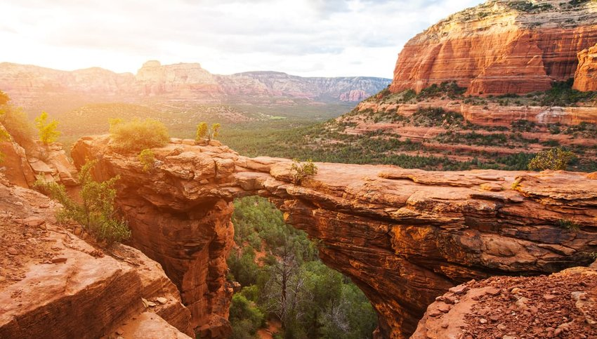 Devil's Bridge Trail, scenic view panoramic landscape, Sedona, Arizona, USA