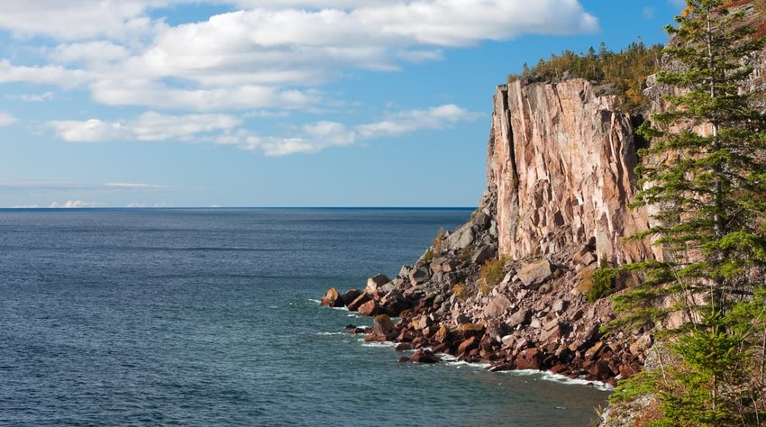 Sea cliff overlooking Lake Superior
