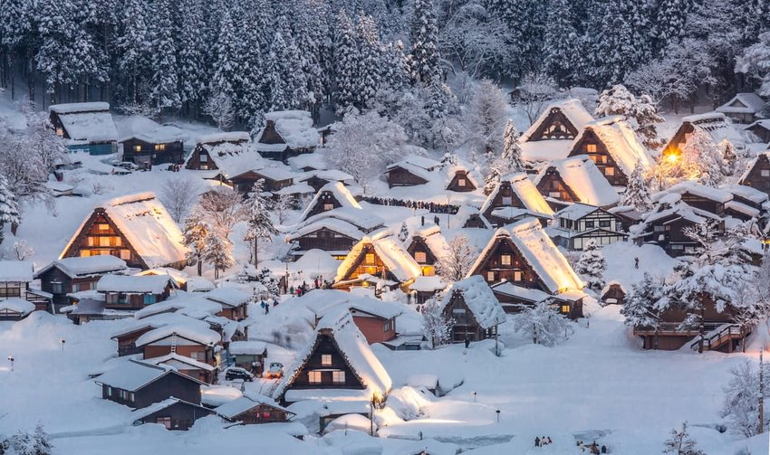 Shirakawago in winter, light-up
