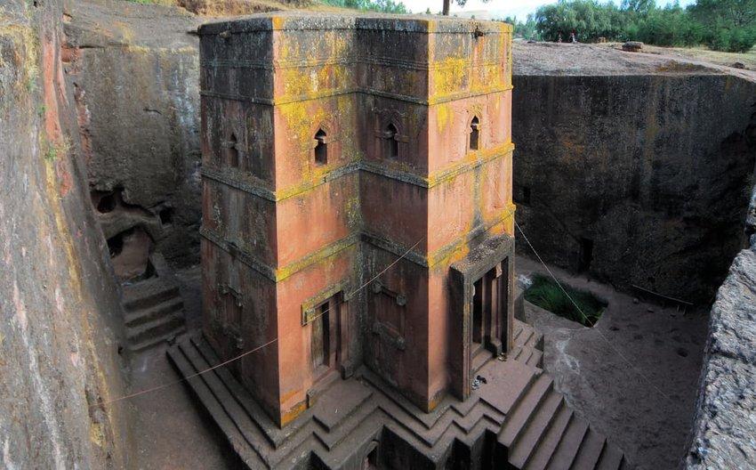 Lalibela, Ethiopia: rock-hewn Church of Saint George