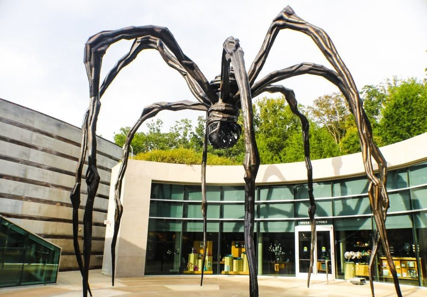 Giant metal spider sculpture, Bentonville, Arkansas
