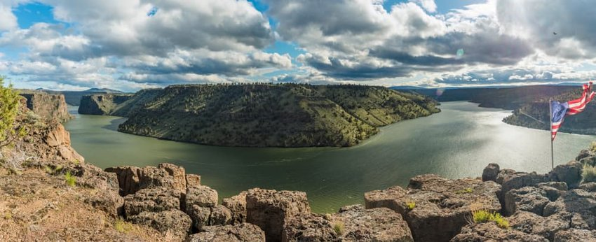 Lake Billy Chinook Panorama, Oregon