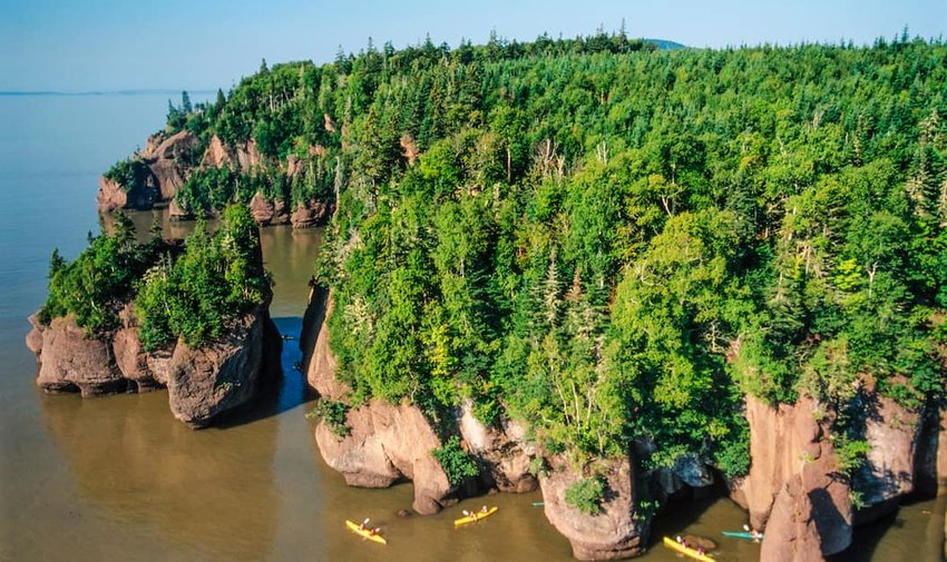 Aerial-View-of-Hopewell-Rocks-in-the-Bay-of-Fundy