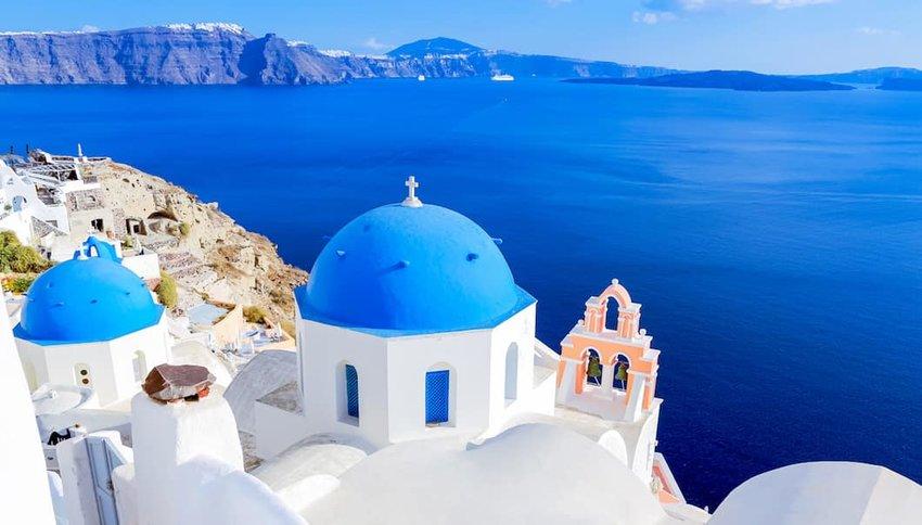 Blue-dome-of-santorini-greece