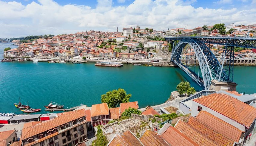 River-in-Porto--Portugal