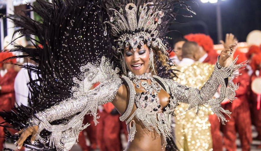 Samba School parade in Sambodromo, Rio de Janeiro, Brazil