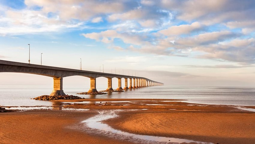 Confederation-Bridge-Leading-to-Prince-Edward-Island