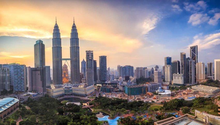 Photo of Kuala Lumpur skyline at dusk