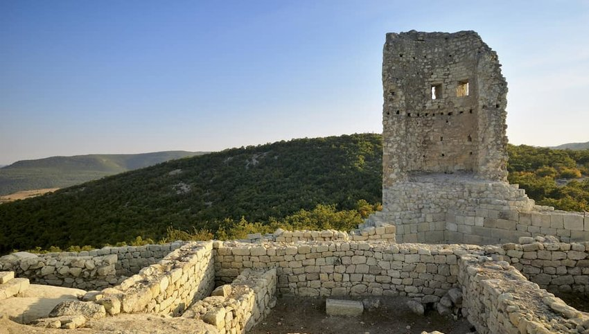 ancient-Thracian-city-of-Perperikon