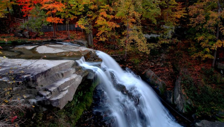Photo of a waterfall in Cuyahoga Valley National Park