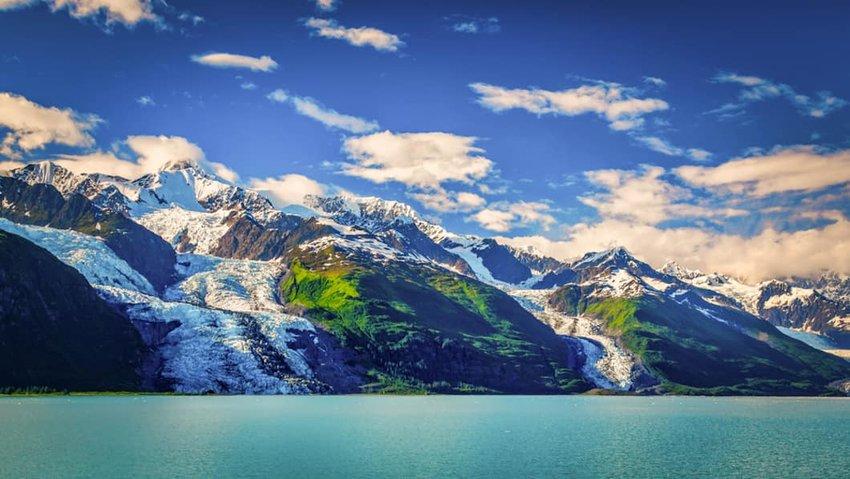 Photo of a lake and mountains at Glacier Bay National Park