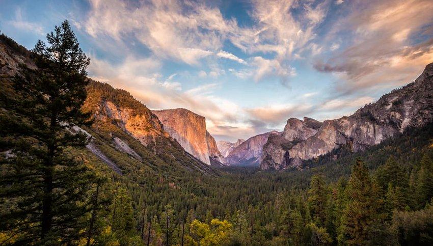 Photo of El Capitan in Yosemite National Park