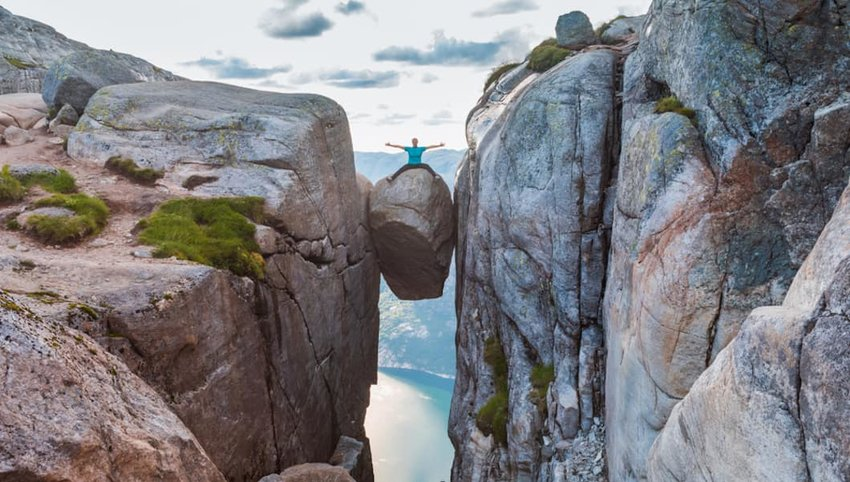 8 Places That Will Scare Even the Biggest Daredevil