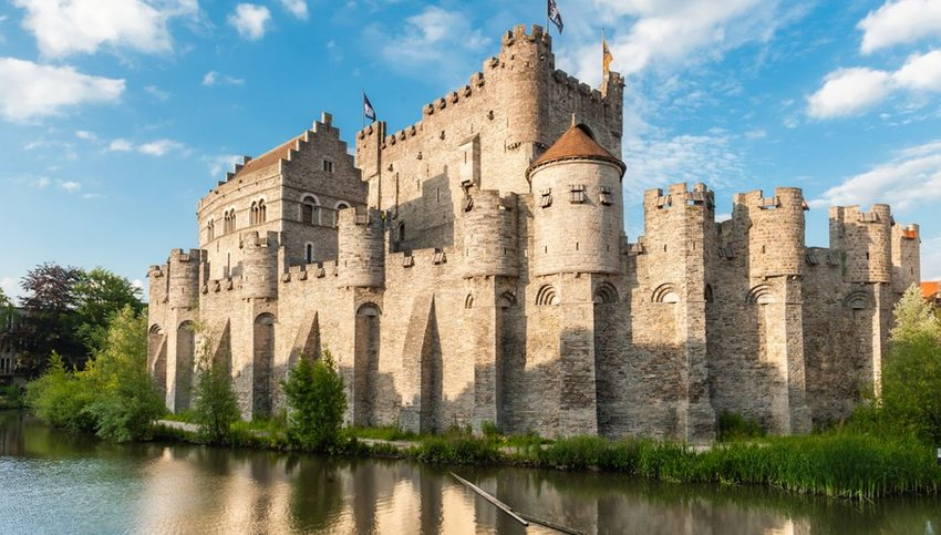 8 European Castles to Add to Your Bucket List