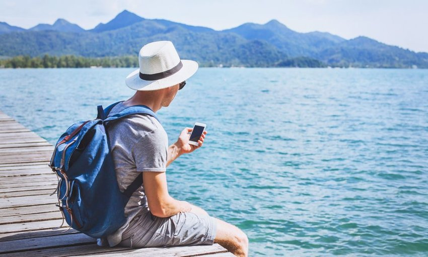 5 Apps That Will Make Traveling Easier