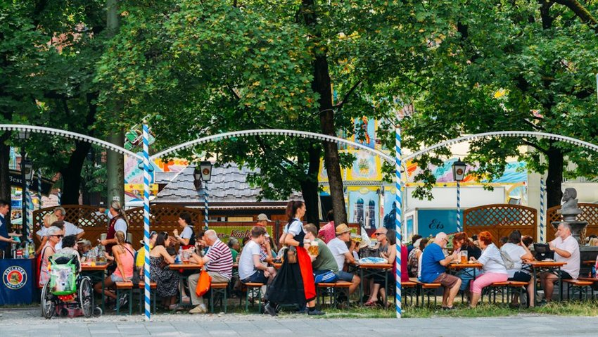 Crowded Munich beer garden in the summer