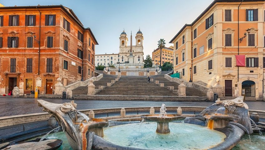 Tourists Who Sit on Rome's Spanish Steps Face a Steep Fine