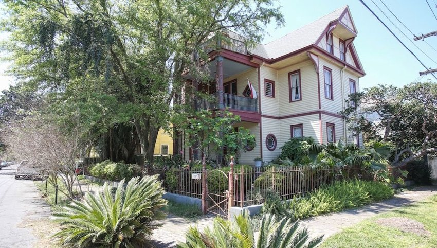 6 Haunted Airbnbs Only the Brave Should Book