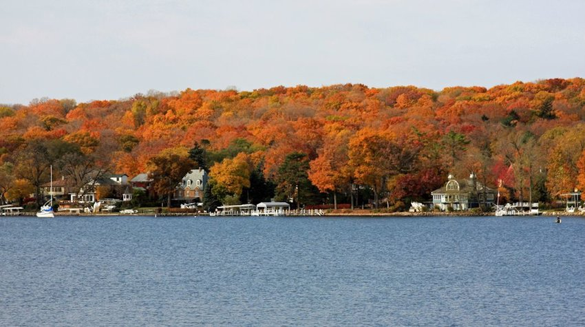 Autumn colors at Lake Geneva, Wisconsin