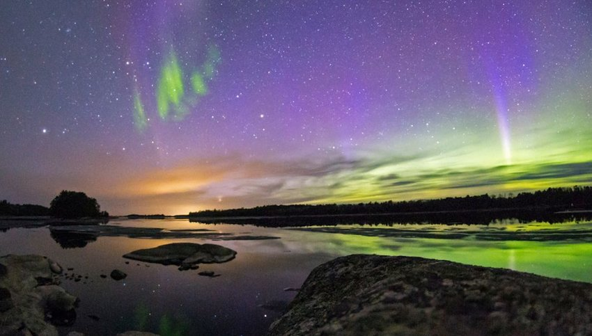 5 Surprising Spots to See the Northern Lights in the U.S.