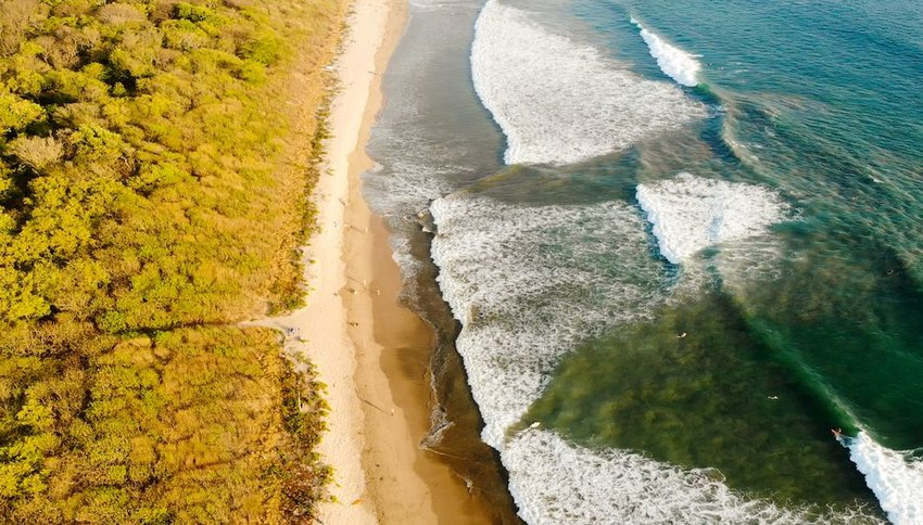 7 Beaches That Are Even Better in the Fall