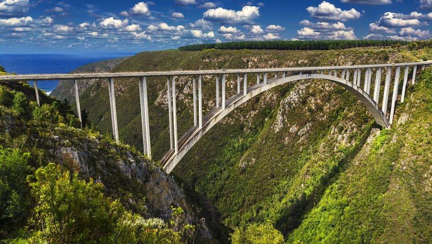 Bloukrans Bridge in the Tsitsikamma region of the Garden Route, South Africa