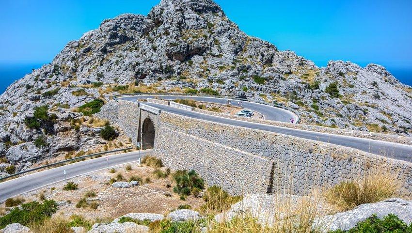 Nus de Sa Corbata (Knot of the Tie Road) in Mallorca, Spain