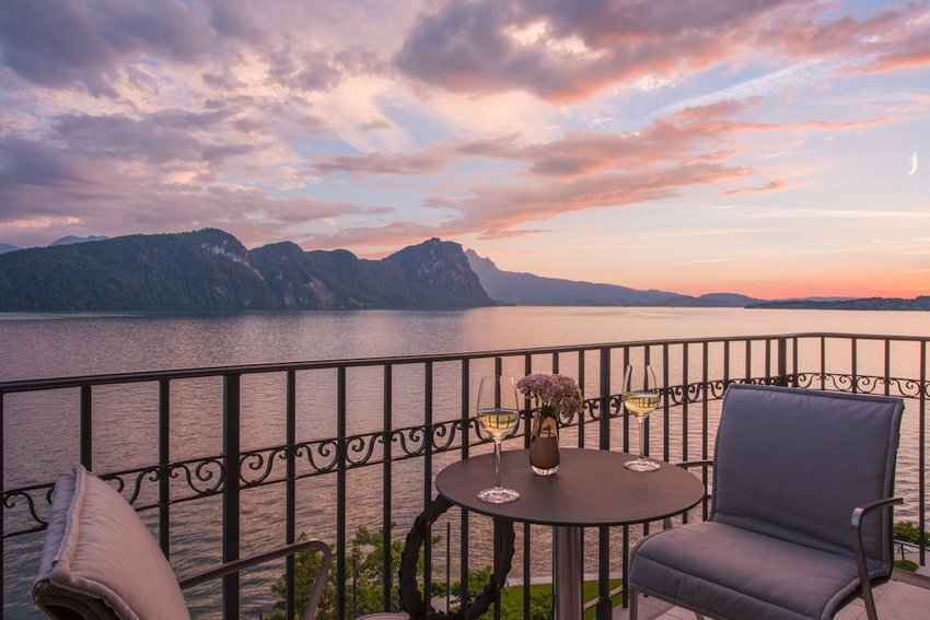 6 Stunning Hotels with Michelin Star Restaurants