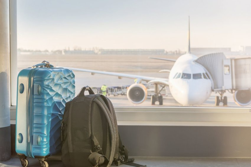 Avoid Overweight Baggage Fees With a Cheap Travel Luggage Scale