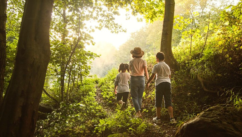 10 Ways to Avoid Stress on a Family Vacation