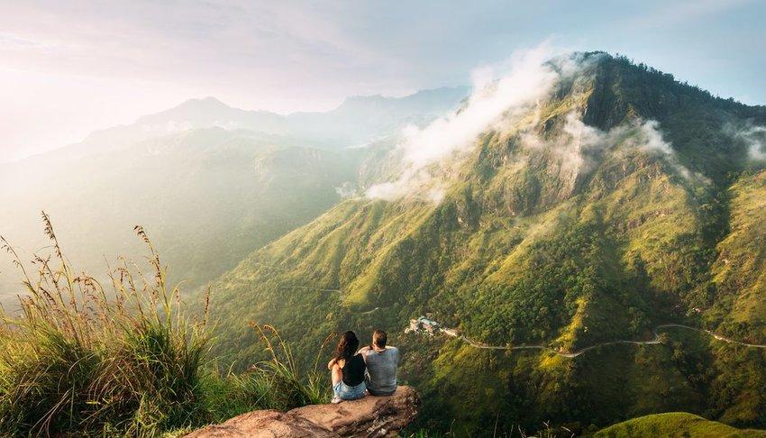How Travel Strengthens Romantic Relationships