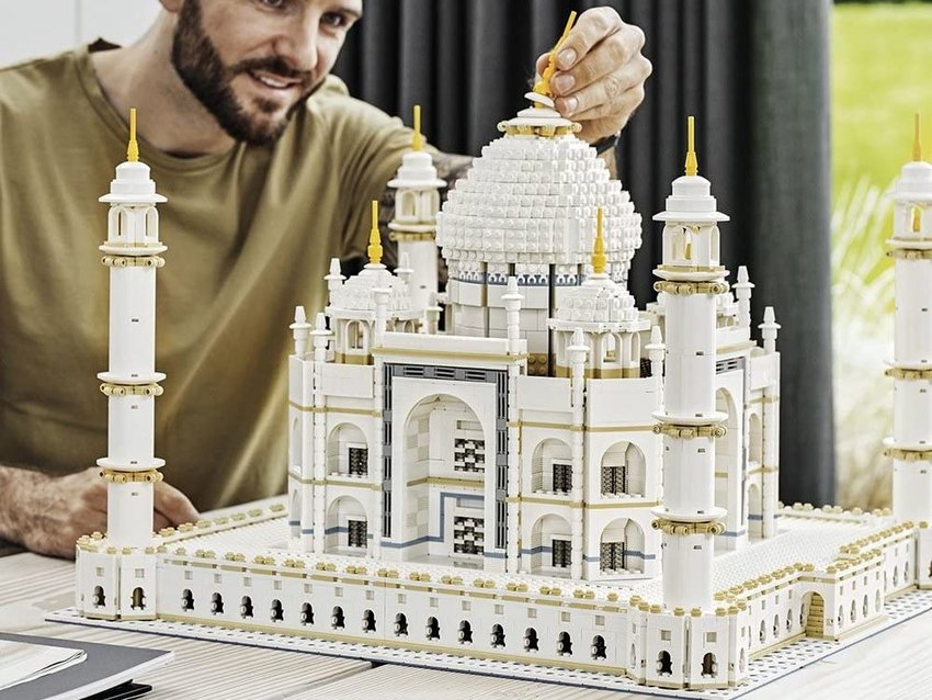 LEGO's Architecture Sets Could Inspire Your Next Trip