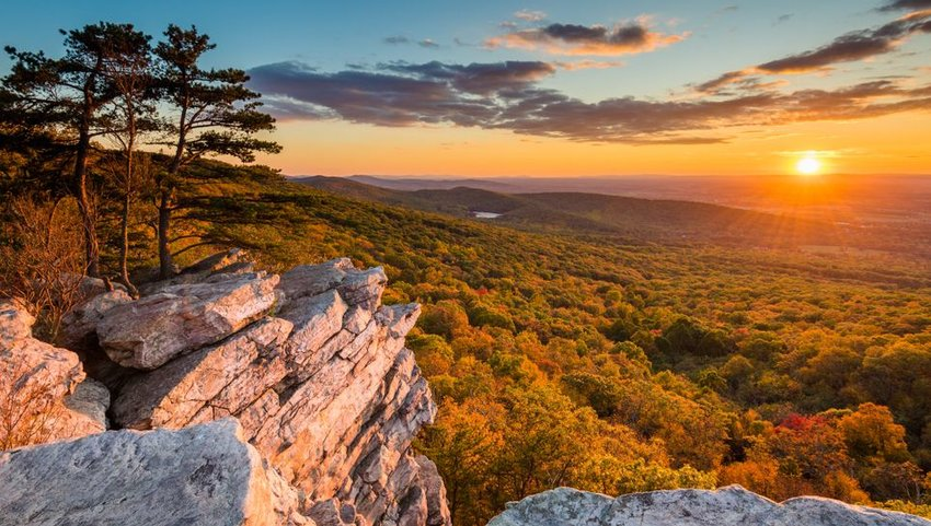 Sunset view from Annapolis Rocks on South Mountain, Maryland