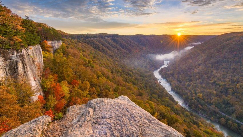 New River Gorge, West Virgnia from Endless Wall trail in autumn