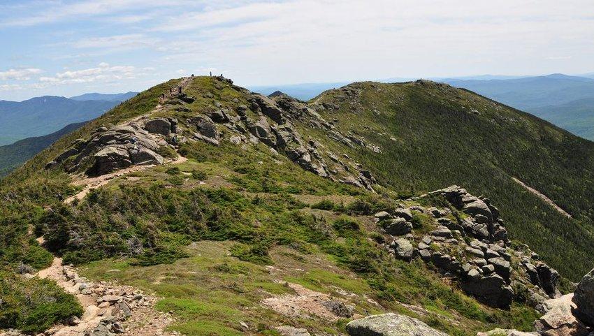 People hiking the Franconia Notch Ridge Trail