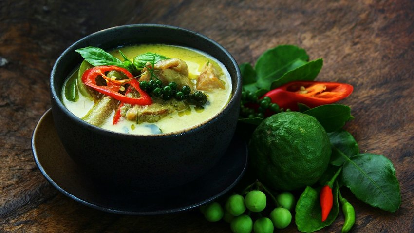 How to Make Thai Green Curry At Home