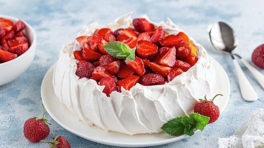 The Story Behind Pavlova, And How To Make It