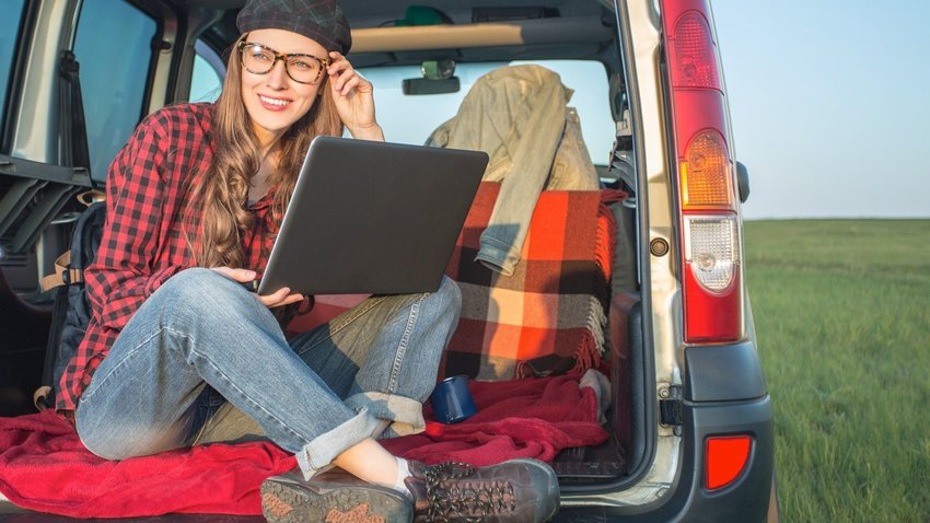 Tired Of Working From Home? How to Turn Your Car Into a Foolproof Mobile Office.