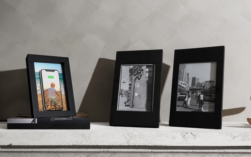 This Picture Frame Recharges Your Travel Memories (And Your Phone)