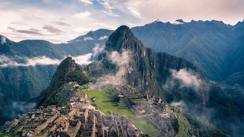The Best Time of Year to Visit the New 7 Wonders of the World