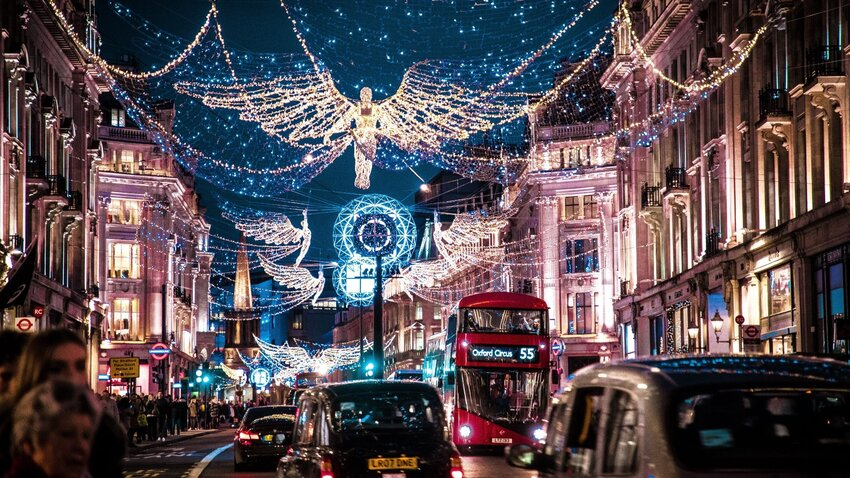 How They Celebrate Christmas Eve In the UK