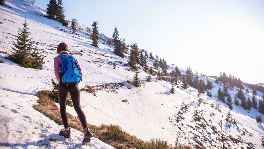 6 Accessories You Need To Stay Active All Winter