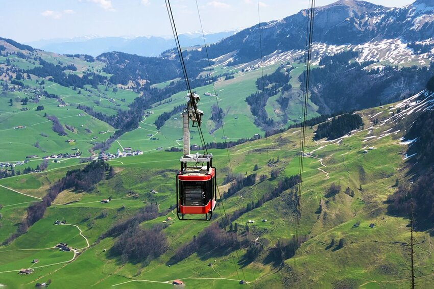 """Hiking the Alps? What to Know About Switzerland's """"Luftseilbahn"""""""