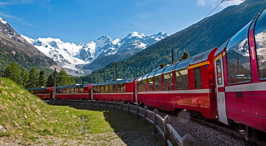 These 10 Train Journeys Have the Most Jaw-Dropping Views